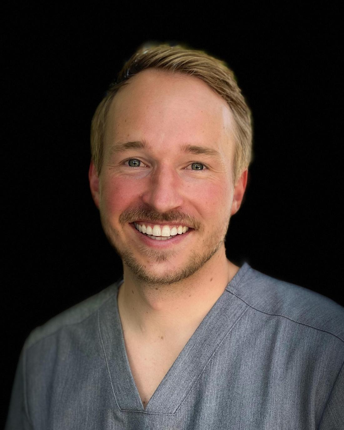 Chad Cooley dentist head shot